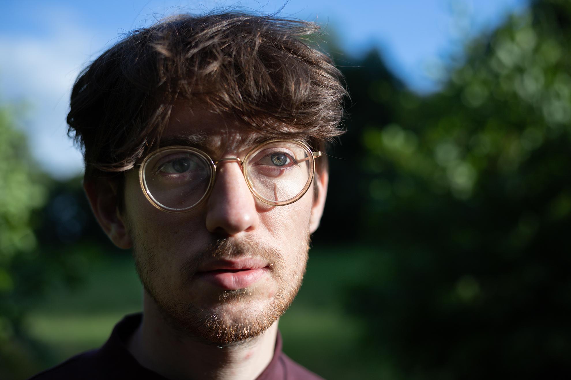 portretfotografie-man-bril